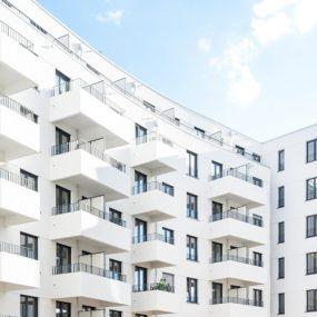 Fassade des Neubaus der Gewobag in der Kiefholzstraße