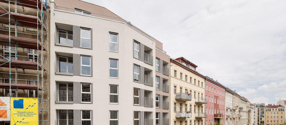 Fassade des Neubaus der Gewobag in der Zehdenicker Straße 7A
