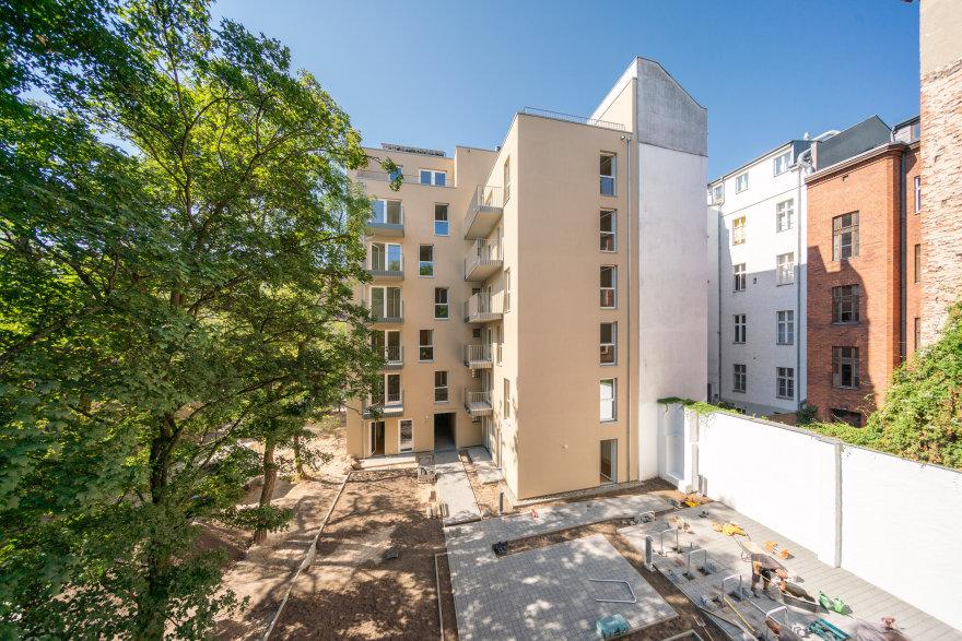 Hinterhof vom Neubau in der Kurfürstenstraße