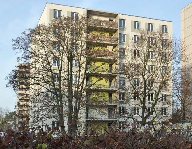 Fassade des Neubaus der Gewobag in der Bernauerstraße 1