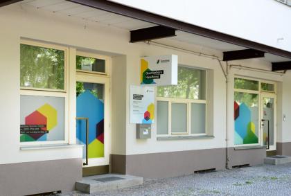 Eingang vom Quartierbüro der Gewobag in Haselhorst