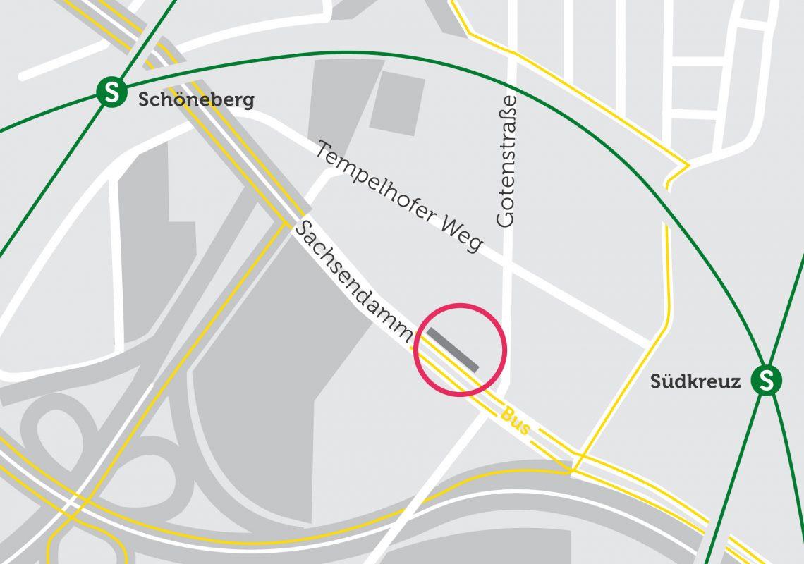 Lage der Gebäude auf einer Karte. In der Nähe befindet sich der Bahnhof Schöneberg.