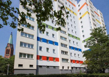 das modernisierte Wohngebäude in der Prinzenstraße als Beispiel für Niedrigenergiehäuser
