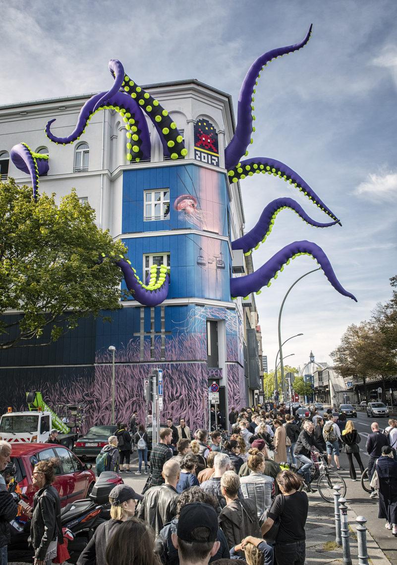 Gestaltete Fassade vom URBAN NATION Museum zur Urban Nation Biennale
