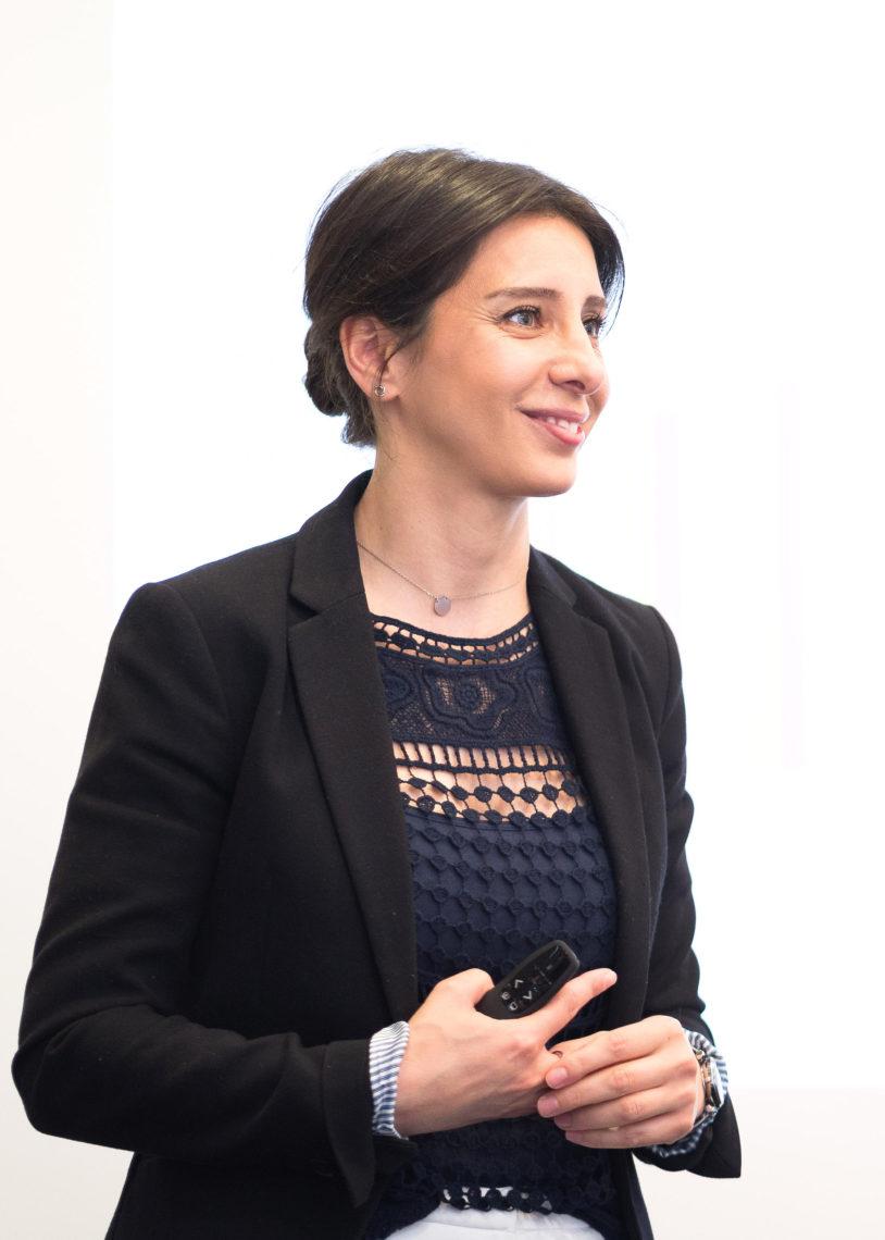 Melahat Konak, Gruppenleiterin der Gewobag Mietschuldnerberatung