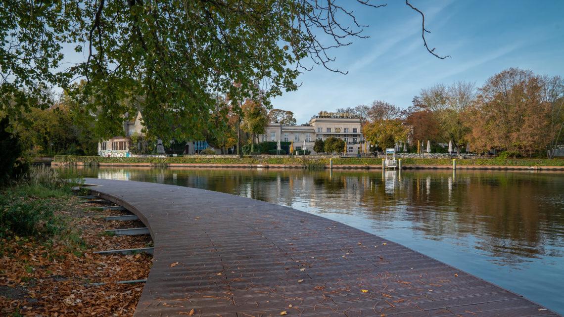 Spaziergänge durch den Treptower Park Berlin